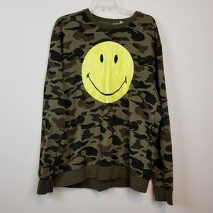 Divided H&M men's Camo Smiley face sweater size XL